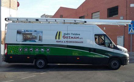 Rotulación Vehiculo Industrial. Multitoldos Guzman